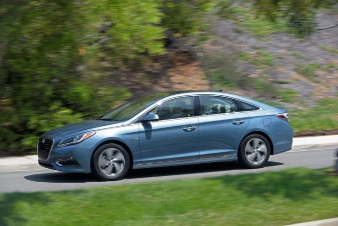 2017 hyundai sonata plug in hybrid price starts at 35 435 opptrends news reviews and. Black Bedroom Furniture Sets. Home Design Ideas