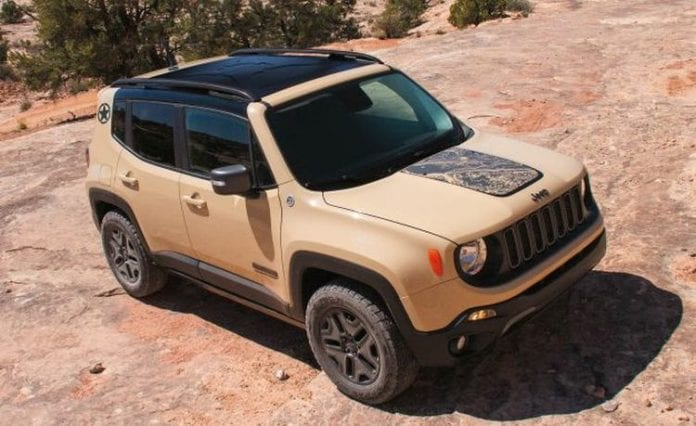 jeep renegade desert hawk the special edition appeared in europe for the first time opptrends. Black Bedroom Furniture Sets. Home Design Ideas