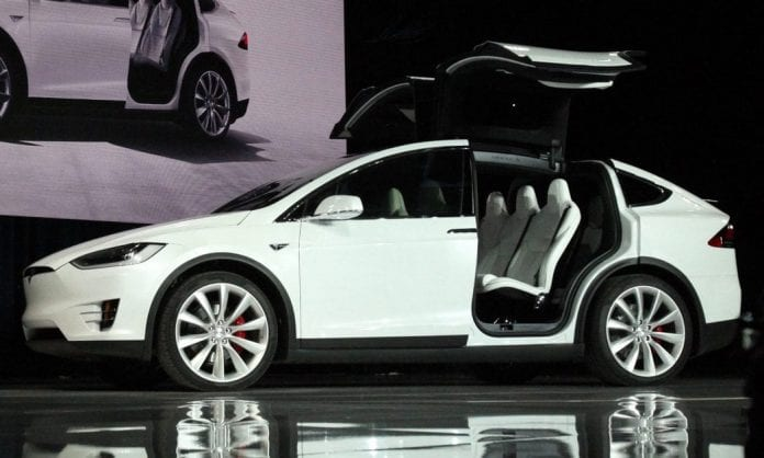 tesla model x arrived in hong kong opptrends news. Black Bedroom Furniture Sets. Home Design Ideas