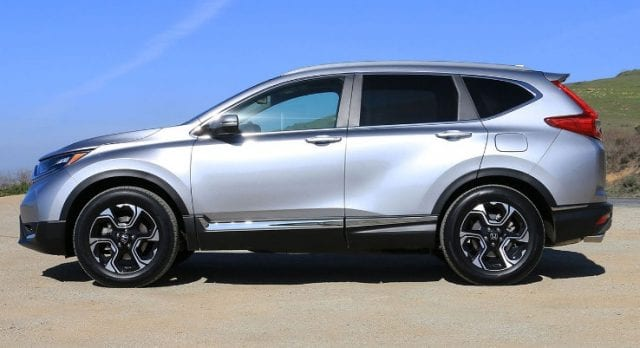 2017 Honda CR V design 640x348