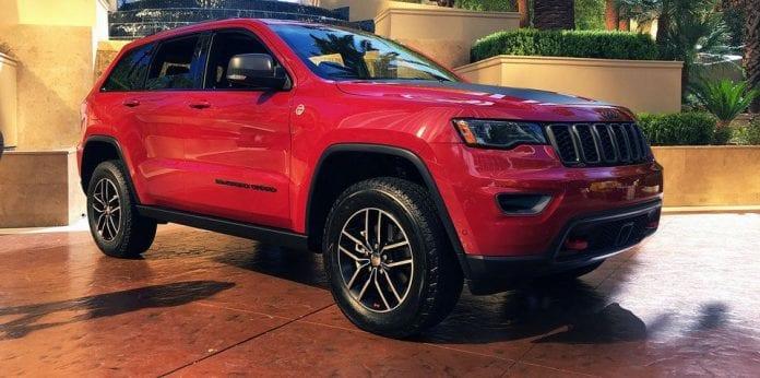 2017 jeep grand cherokee trailhawk diesel arrives in australia opptrends. Black Bedroom Furniture Sets. Home Design Ideas