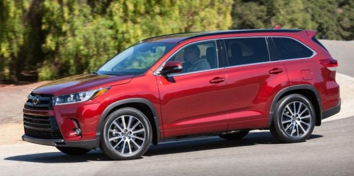 2017 toyota highlander trims and pricing details opptrends news reviews and rumors 2017. Black Bedroom Furniture Sets. Home Design Ideas