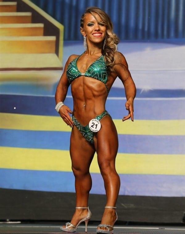 2 weird bodybuilders Amanda Loy