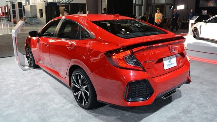 2018 honda civic si sedan is gorgeous release date price. Black Bedroom Furniture Sets. Home Design Ideas
