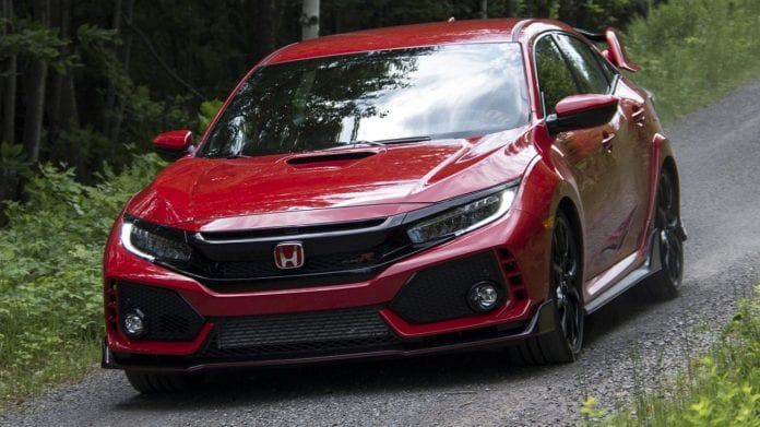 2018 honda civic type r had its first ever review and it shined. Black Bedroom Furniture Sets. Home Design Ideas