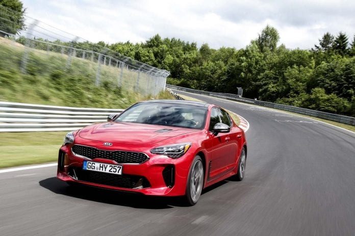 2018 kia stinger gt what to expect arrival and pricing. Black Bedroom Furniture Sets. Home Design Ideas