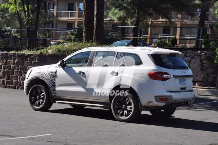 2020 Ford Bronco Test Mule Spotted In Michigan Spy Photos