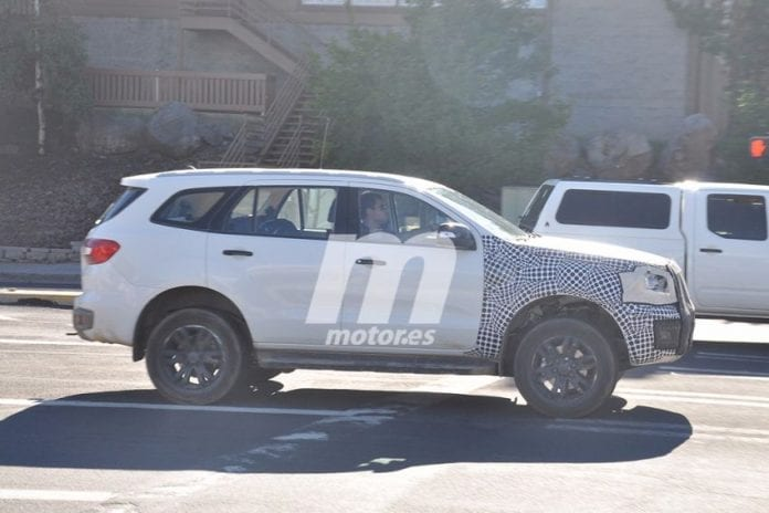 2020 Ford Bronco Test Mule Spotted in Michigan - Spy Photos