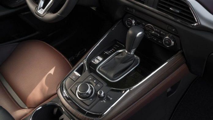 2018 Mazda CX 9 interior