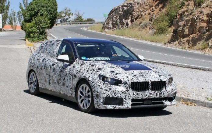 2019 BMW 1 Series front right side