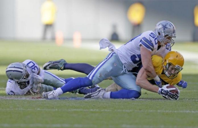 Sean Lee vs. Packers