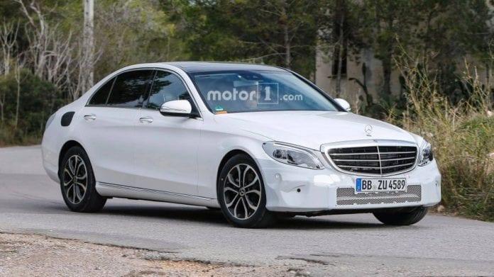 2019 Mercedes Benz C Class handling