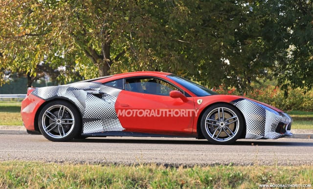 2019 ferrari 488 gto spy photos new informations details. Black Bedroom Furniture Sets. Home Design Ideas