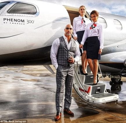 Dwayne Johnson Airplane 433x420