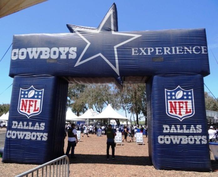 CowboysTrainingCamp 696x566