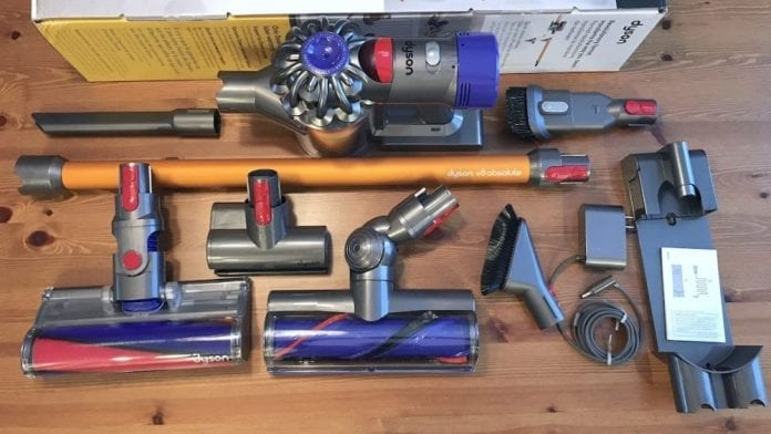 Dyson V8 Absolute Cordless Vacuum 696x392