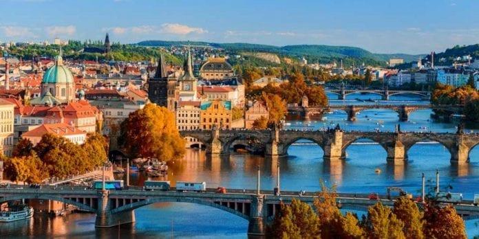 Prague 696x348