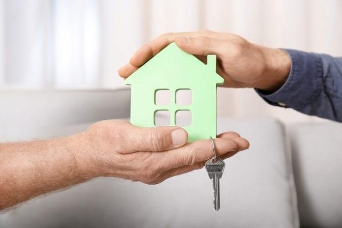 buy house 696x464