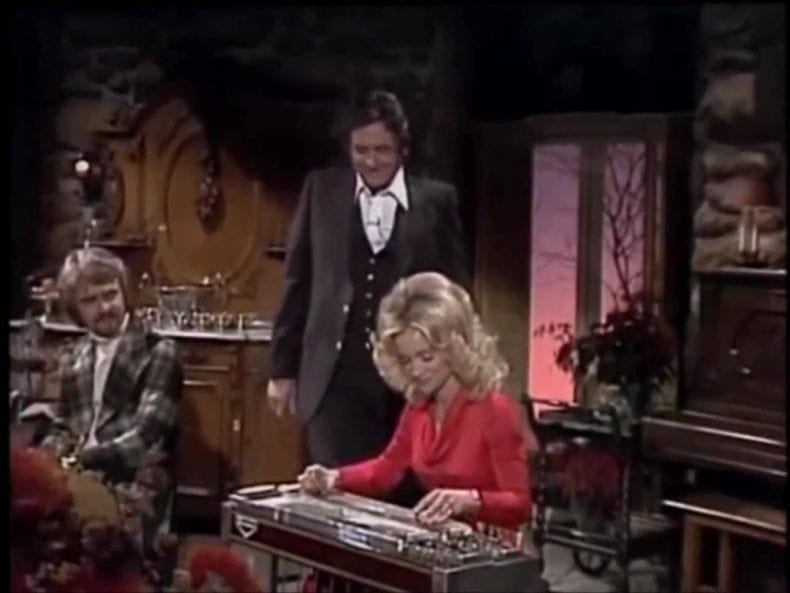 Barbara Mandrell steel guitar 1 790x593