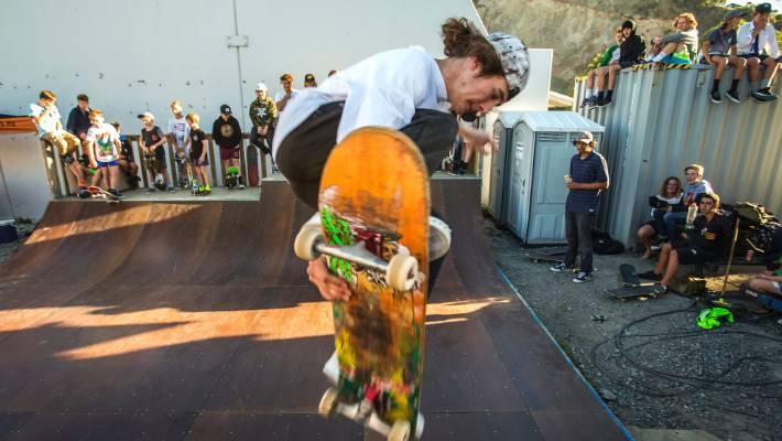 skateboard noise