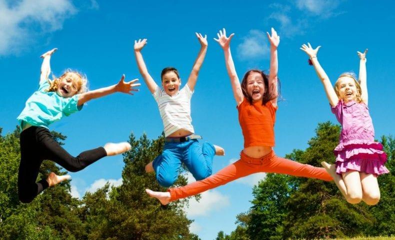 Kids Summer Camps 790x481