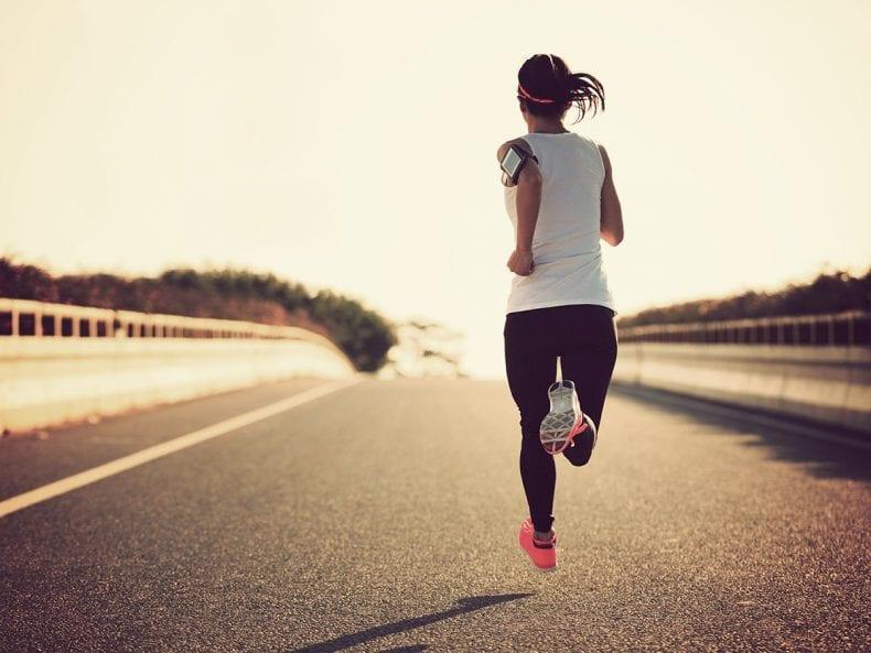 Running 790x593