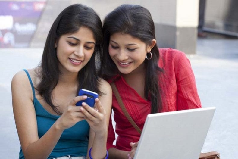 indian smartphone users 790x528