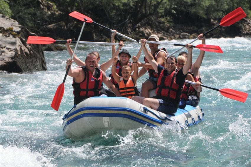 How Can Rafting On Tara Enrich Your Holiday This Year