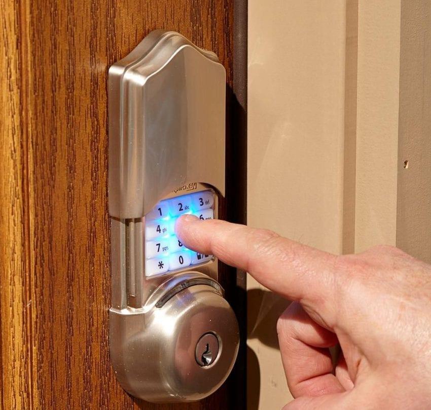 door lock 850x807