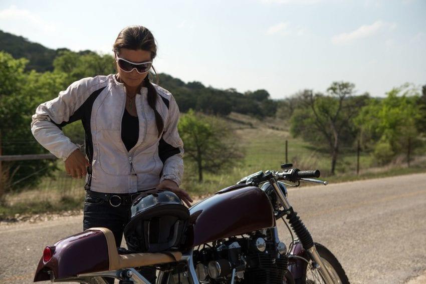 motorcycle.jpg 1 850x567