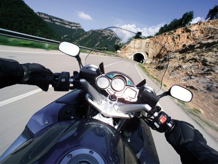 motorcycle.jpg 2 850x638