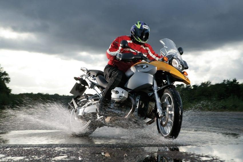 motorcycle.jpg 4 850x566