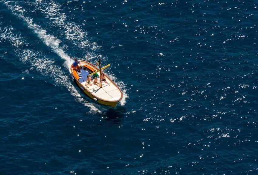 boat 3 850x577