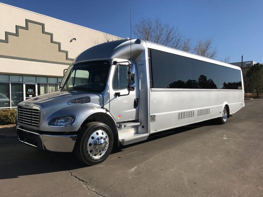 bus rentals3 850x638