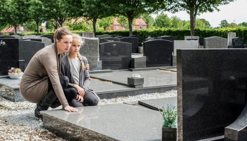 grave 1 850x485