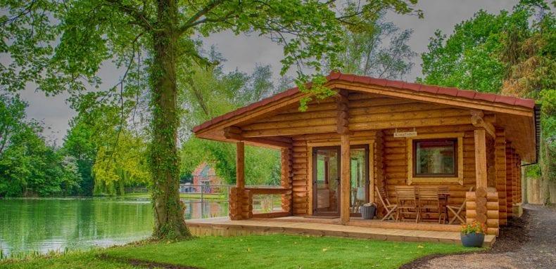 wood cabins 790x383