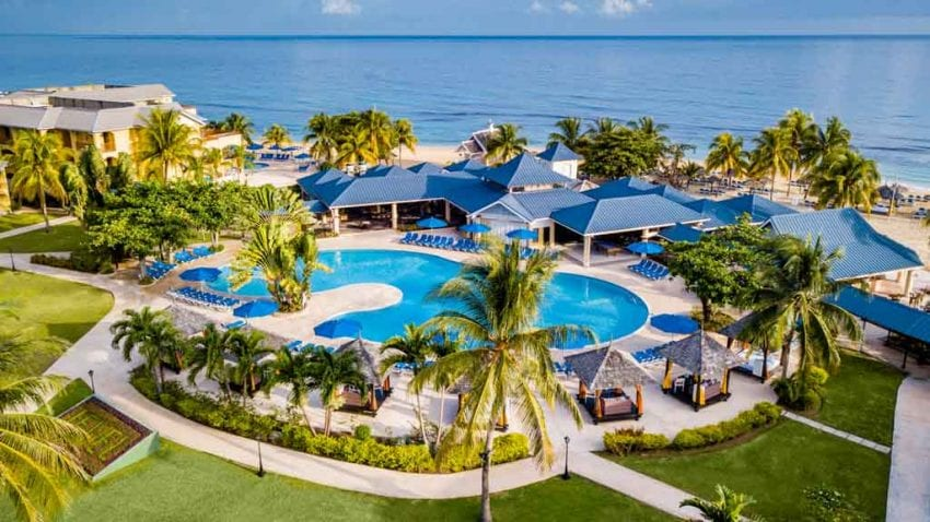 Jewel Runaway Bay Beach Golf Resort 850x478