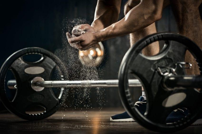 Lift weights 850x567
