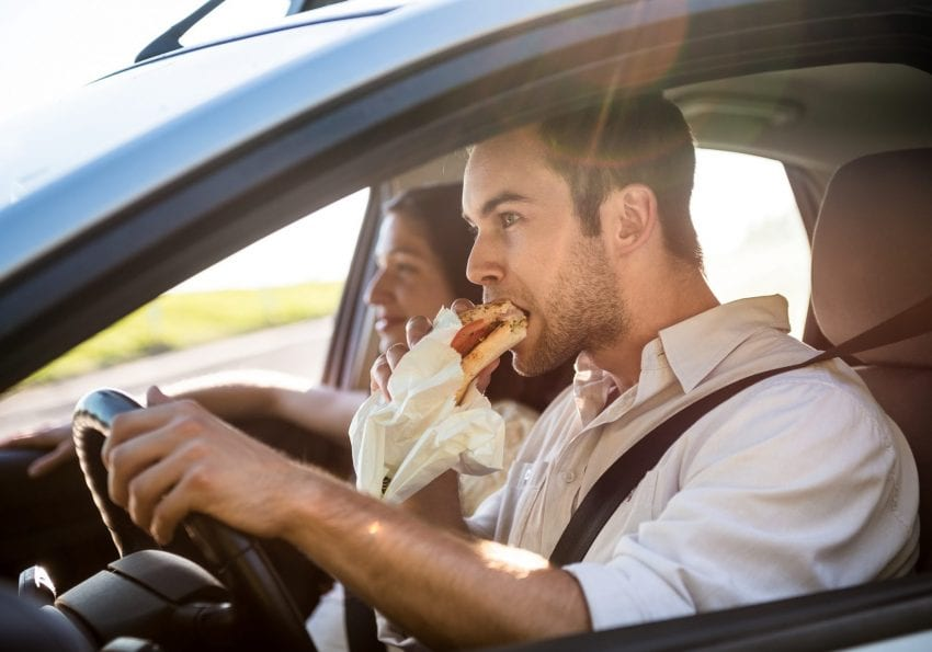 eating while driving 850x595