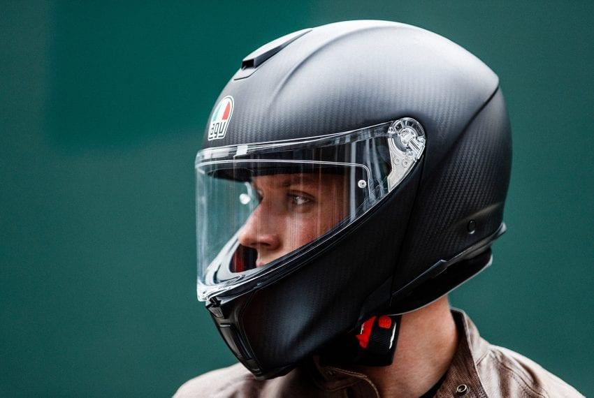 helmet 850x570