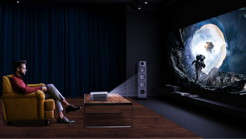 Projector 790x448