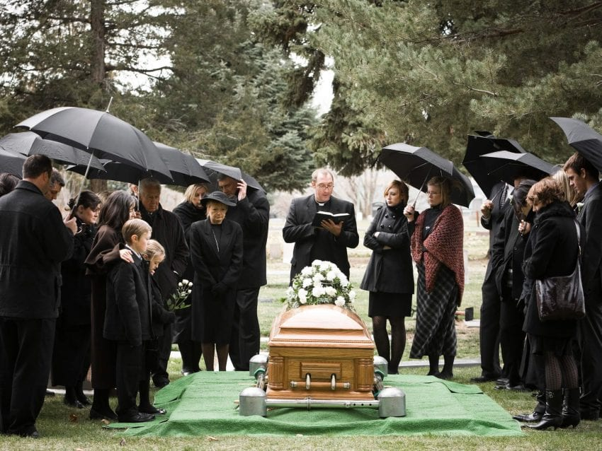 A perfect funeral doesn't need to be expensive 850x638