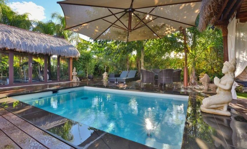 small swimming pool 850x513