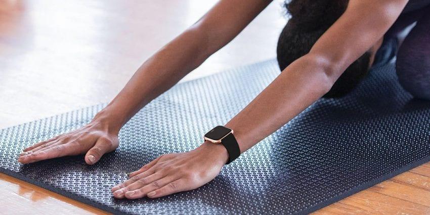 women fitness tracker 850x425